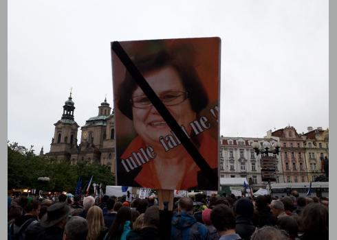 Zu Marie Benešová und ihre Rolle in dem Skandal folgt in Kürze ein Bericht.