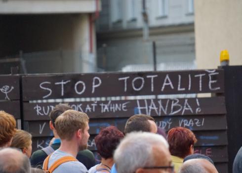 Die Angst vor einem Wiedererstarken des Totalitarismus in Tschechien ist groß. Foto: K. Kountouroyanis