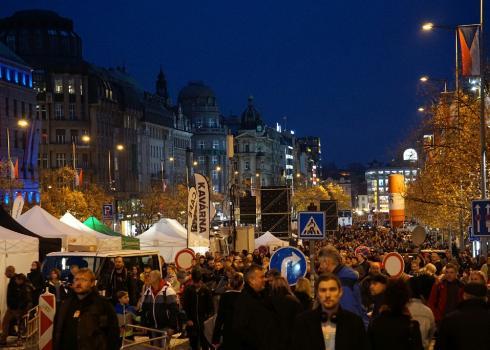 Straßenfest auf dem Wenzelsplatz. Foto: K. Kountouroyanis